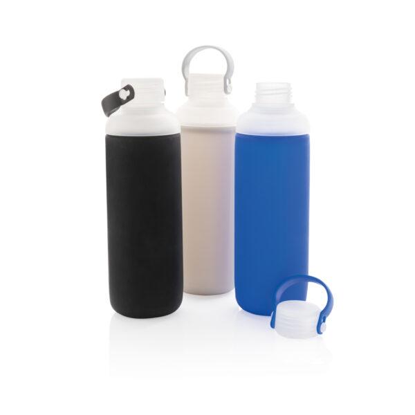 Waterfles van glas met siliconen hoes