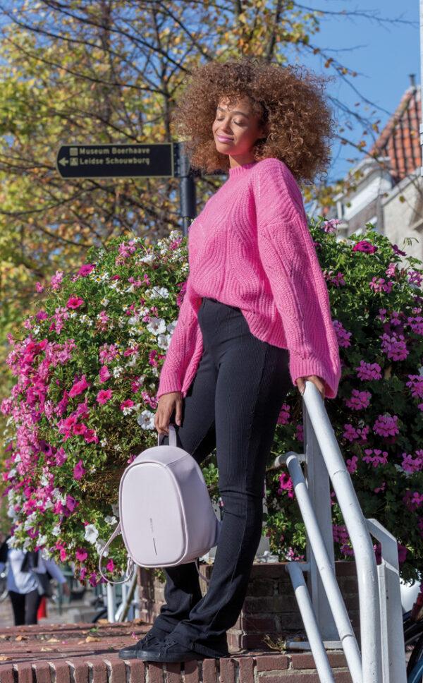 Elle Fashion, anti-diefstal rugtas